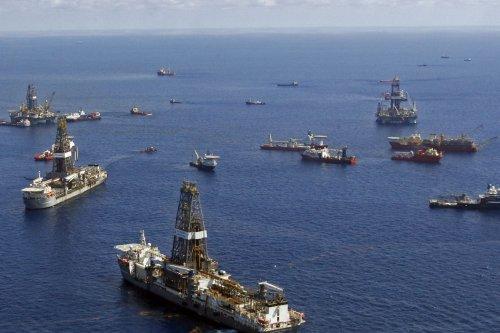 Norway's Statoil top bidder for U.S. offshore licenses