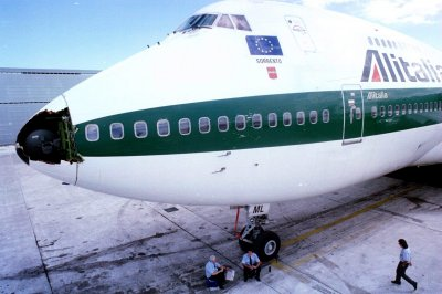 After two gov't bailouts, Italy's Alitalia airline is again bankrupt