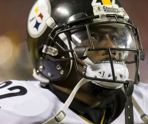 Steelers' Gay joins Biden to end violence against women