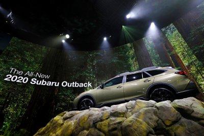 Crossovers and SUVs take spotlight at New York Auto Show