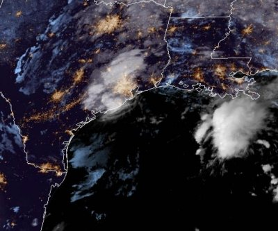 Tropical Storm Beta slowly moving inland over Texas coast