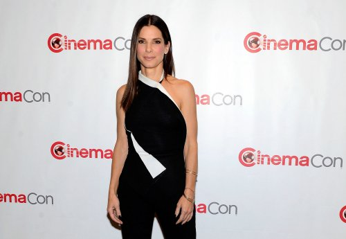 Sandra Bullock in talks for 'Annie' role