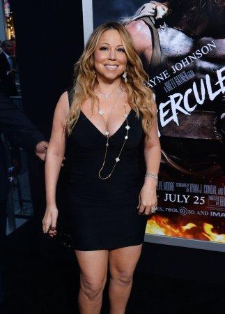 Mariah Carey ditches manager, long-time collaborator
