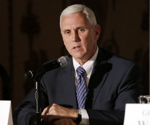 Indiana Gov. Pence nixes news website over controversy