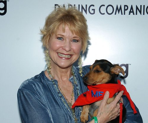 Dee Wallace to play Bobbie and Luke Spencer's sister on 'General Hospital'