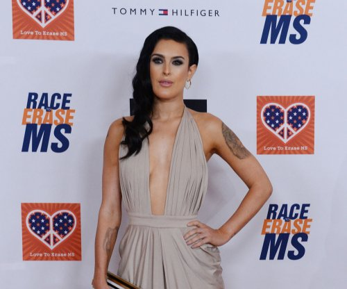 Rumer Willis suffers dancing injury, will still sing on 'Dancing With the Stars' tour