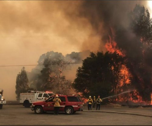 California wildfire grows to 7,700 acres; 3,000 evacuate