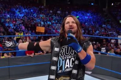 WWE Smackdown: Samoa Joe personally attacks AJ Styles