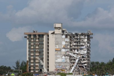 , North Miami Beach evacuates 'unsafe' condo after Surfside collapse, Forex-News, Forex-News
