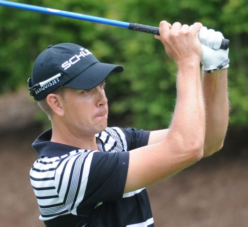 Stenson's 8-under 64 leads in Germany