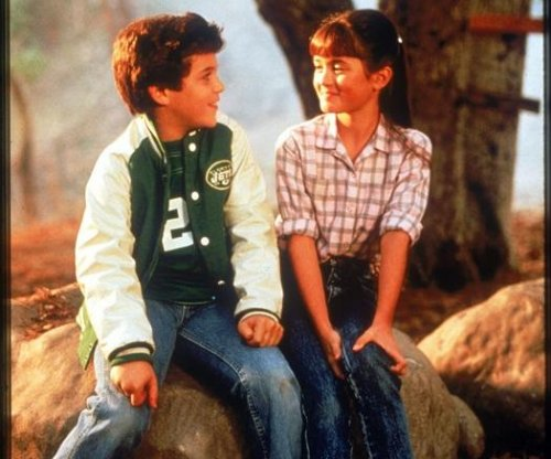Fred Savage to donate 'Wonder Years' memorabilia to the Smithsonian