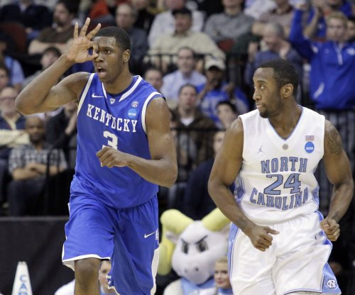 North Carolina Tar Heels share No. 1 spot with Kentucky Wildcats