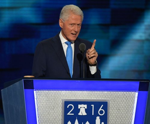Bill Clinton, James Patterson co-writing thriller 'The President is Missing'