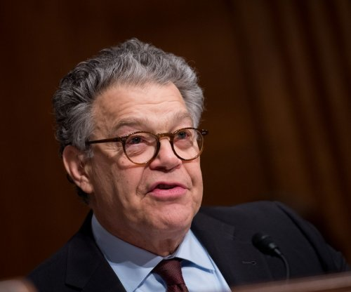 More than a dozen senators call for Franken to resign