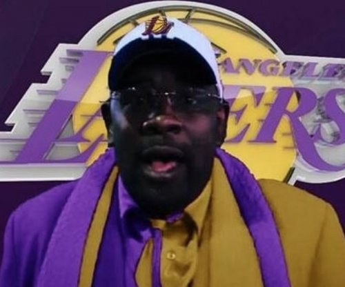 Superfan 'Clipper Darrell' follows LeBron to Lakers