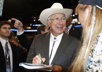 Interior's Salazar to return to Colorado