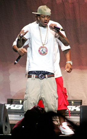 Soulja Boy sorry for '(Expletive) the troops' lyrics