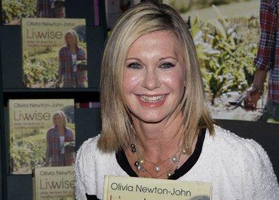 Olivia Newton-John plans Las Vegas residency