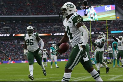 Status of New York Jets CB Darrelle Revis remains uncertain