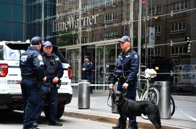 Explosive devices sent to Barack Obama, Hillary Clinton, CNN