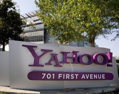 Yahoo! shares jump on bid reports