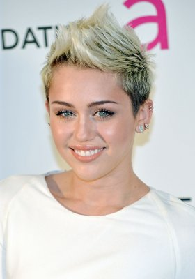Miley Cyrus: I'm not a ratchet white girl