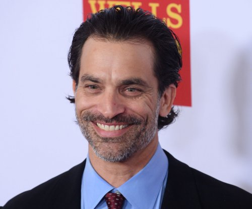 Johnathon Schaech explains Ellen DeGeneres dating rumors