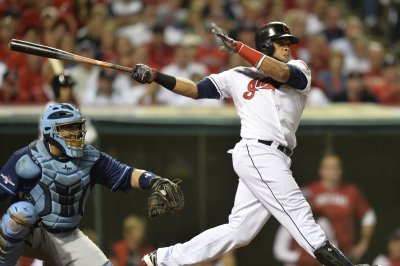 Carlos Santana homer gives Cleveland Indians 1-0 win over Oakland Athletics