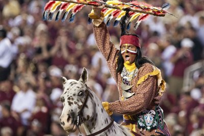 Watch: Florida State Seminoles' horse spooked, falls at Orange Bowl