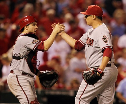 Arizona Diamondbacks get reliever David Hernandez from Los Angeles Angels