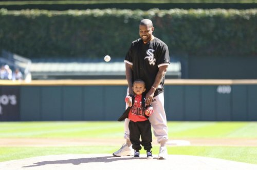 Kanye West, son Saint throw out first pitch at White Sox game