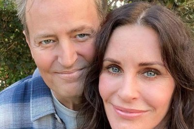 Look:-Courteney-Cox,-Matthew-Perry-reunite-for-lunch