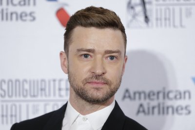 Justin Timberlake takes care of a young boy in 'Palmer' trailer