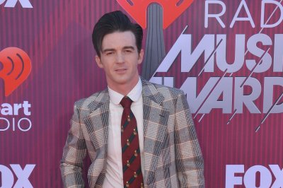Nickelodeon star Drake Bell pleads not guilty to attempted child endangerment