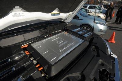 GM says hydrogen power needs funding