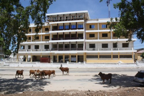 Violence waning, Mogadishu experiences building boom