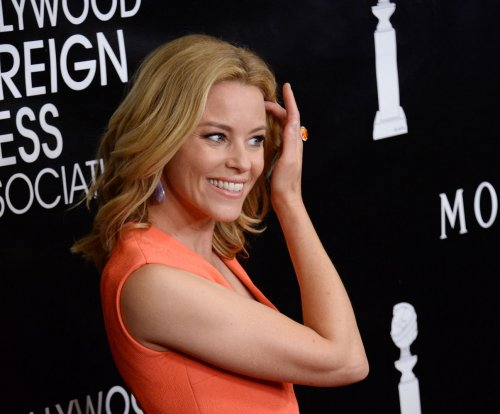 Elizabeth Banks to host 'Saturday Night Live' on Nov. 14