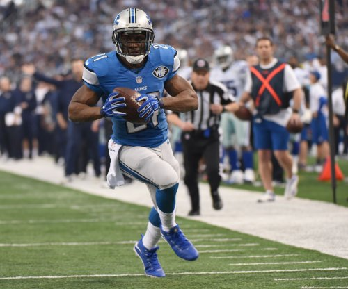 Reggie Bush: Buffalo Bills make offer to running back