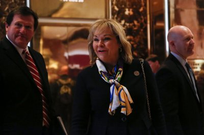 Trump meeting with Rick Perry, Mary Fallin