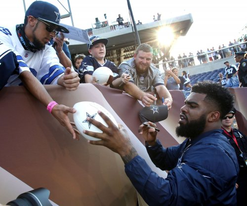 Dallas Cowboys prepared to play without RB Ezekiel Elliott following suspension
