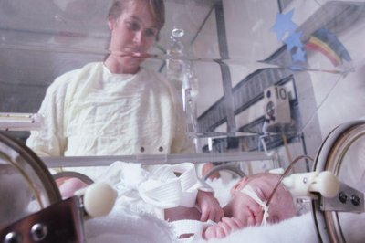 Higher doses of vitamin D may boost preemies' bone health