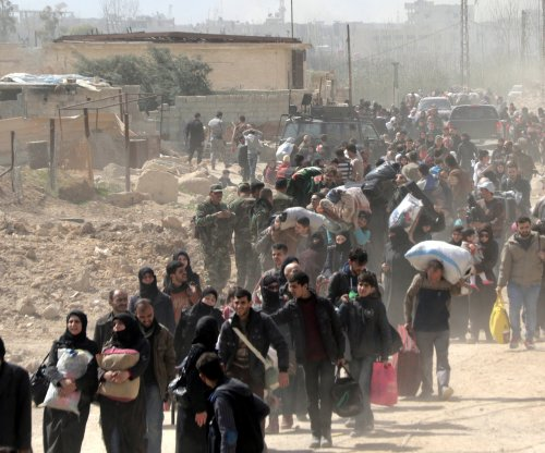 Thousands flee Eastern Ghouta as Syrian army advances