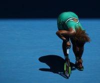 Australian Open: Serena eliminated, Osaka moves on