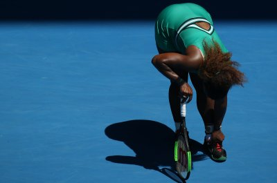 Australian Open: Serena eliminated, Osaka moves on