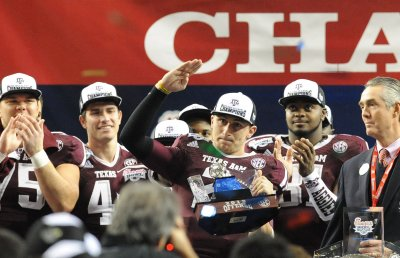 Texas A&M QB Johnny Manziel declares for NFL draft