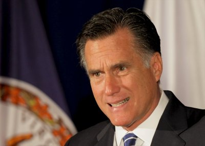 Romney changes tack in challenging Obama