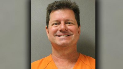 Drunk Daytona commissioner charged after striking 66-year-old
