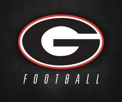 No. 7 Georgia runs by Georgia Tech