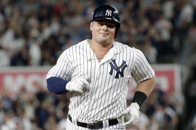 Luke Voit mashes Yankees past Red Sox