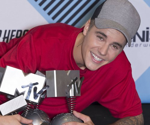 Justin Bieber announces plans for 'Purpose' tour